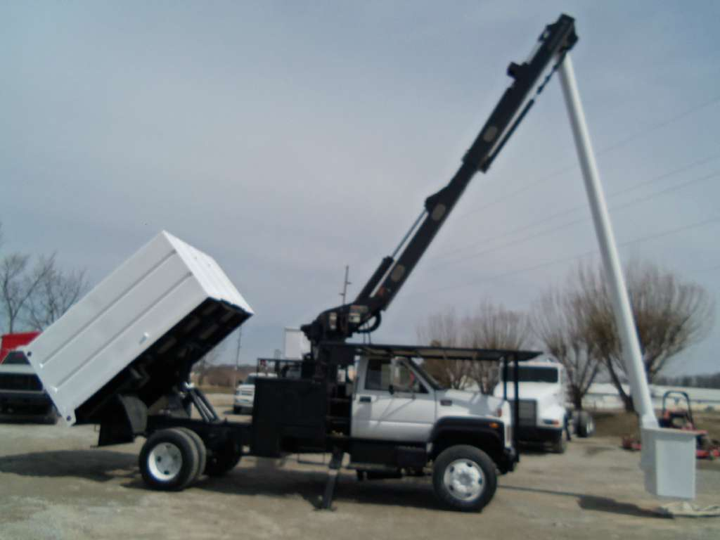 Chipper Truck For Sale >> Forestry Bucket Trucks For Sale | Tree Trucks | Bucket Trucks