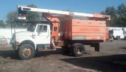 International 4800 4x4 Forestry Bucket Truck
