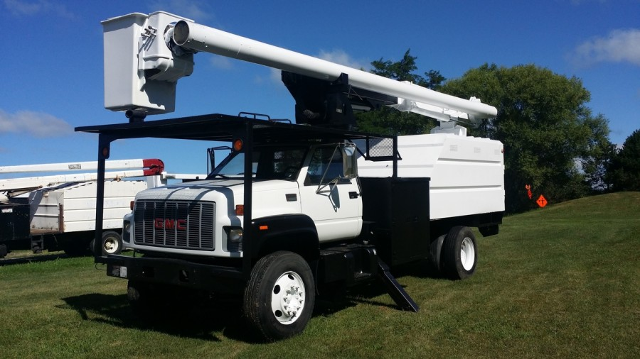 Used Forestry Bucket Truck For Sale
